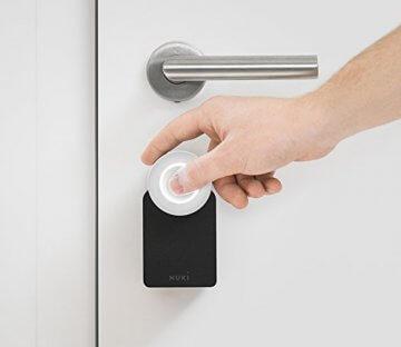 nuki smart lock elektronisches bluetooth t rschloss ifttt das andere schloss. Black Bedroom Furniture Sets. Home Design Ideas
